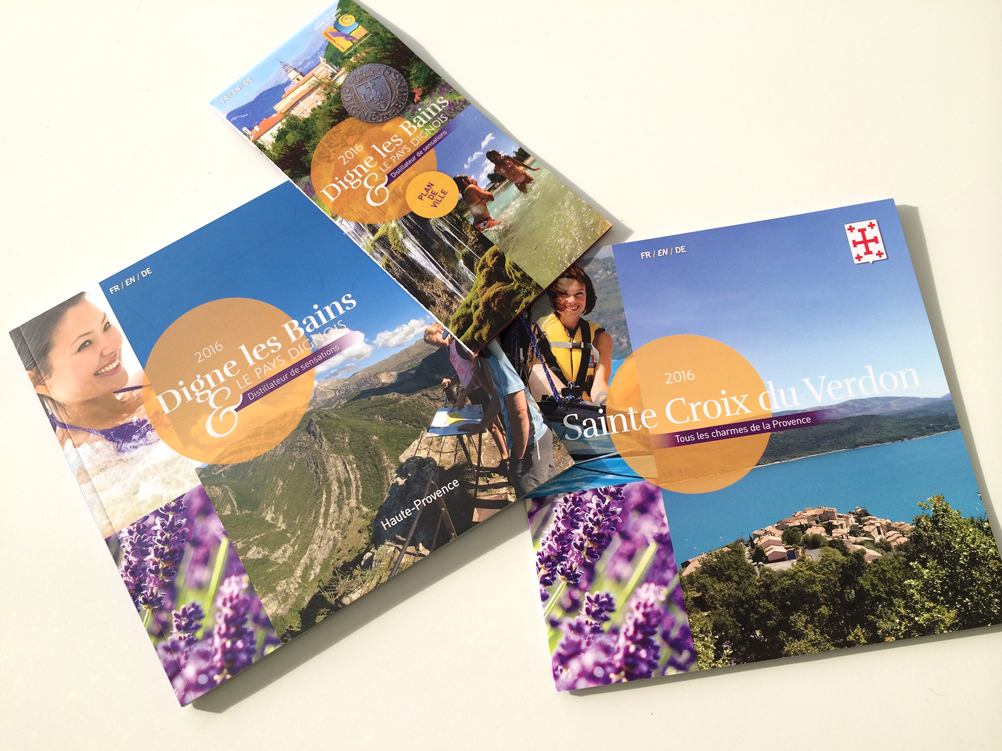 brochure-flyers-office-du-tourisme